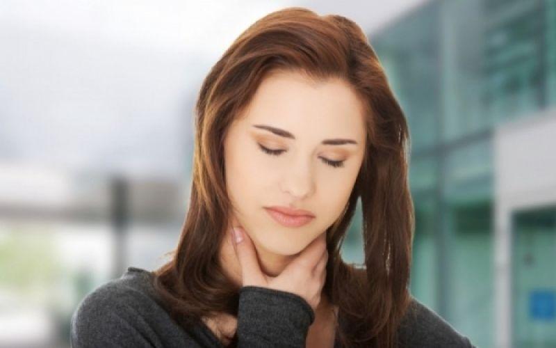 استرس و احساس فشار در گلو