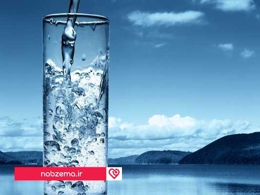 آب نوشیدن