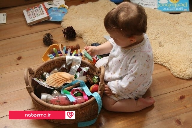 تصویر بازی برای کودک 12 ماهه