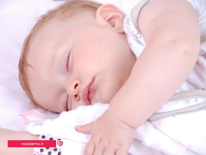 خواب نوزاد سه ماهه