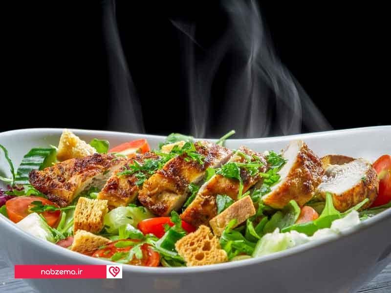 عوارض خوردن غذای داغ
