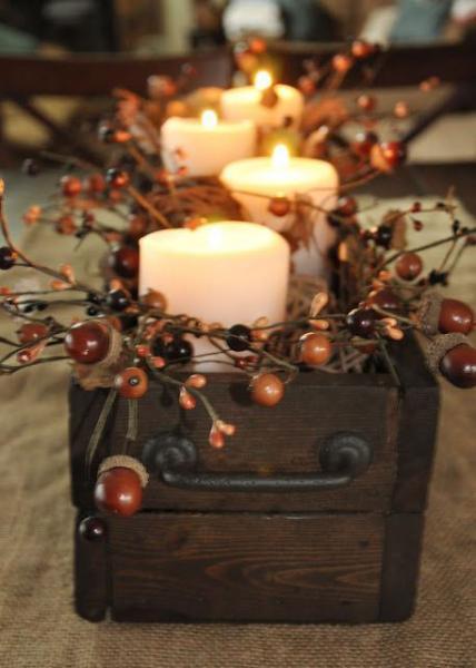 تزئین میز پذیرایی با شمع
