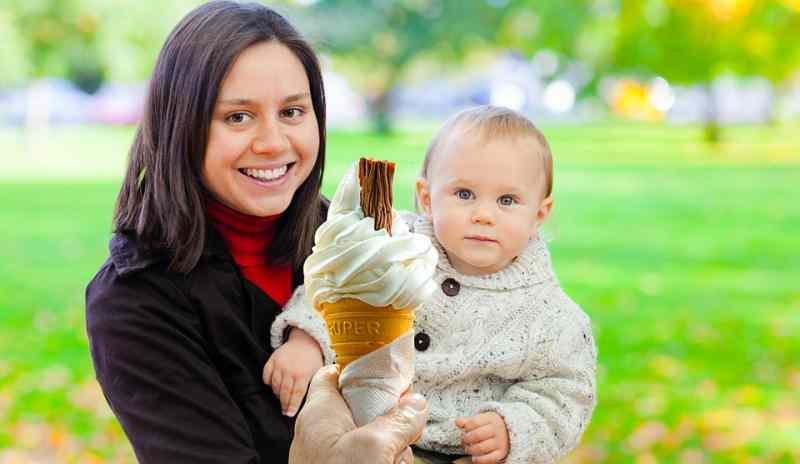 بستنی برای کودک تب دار