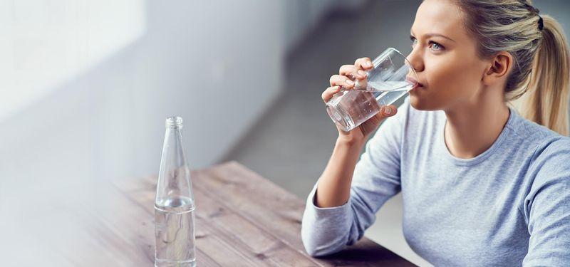 نقش کمبود آب بدن در سردرد صبحگاهی