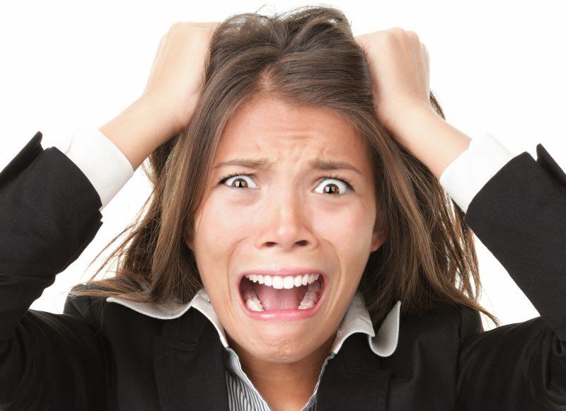 تاثیر استرس بر قرمزی چشم