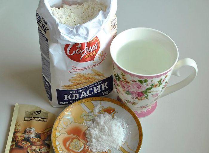 طرز تهیه نان خانگی بدون فر : آماده کردن خمیر